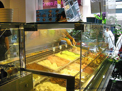 You may select your gelato combination from this array of flavors. All gelatos are from Italy.
